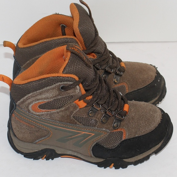 783b64496bed3 HI-Tec Boy's High Top Hiking Boots size J13
